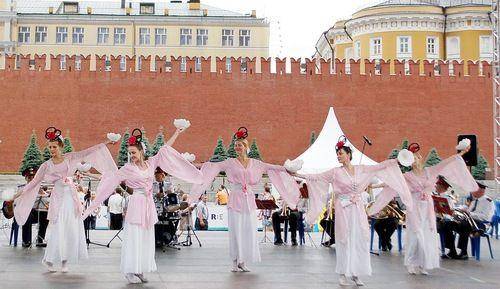 Москва, выступление